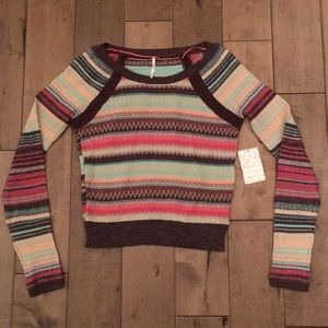 💐Free People cropped fitted sweater size medium